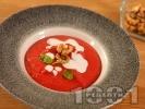 Рецепта Крем супа от червено цвекло с прясно мляко и течна сметана